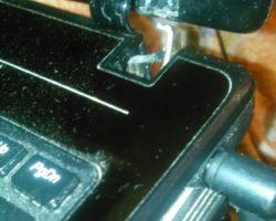 Ремонт кремпления крышки матрицы (замена петли)